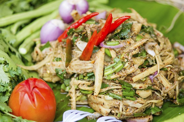 thai-food-bamboo